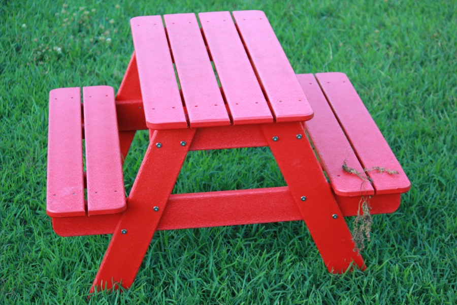 Small Children's Picnic Table