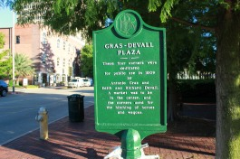 Public Use Plaza Dedicated in 1809
