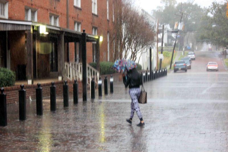 Rain in Baton Rouge, France Street